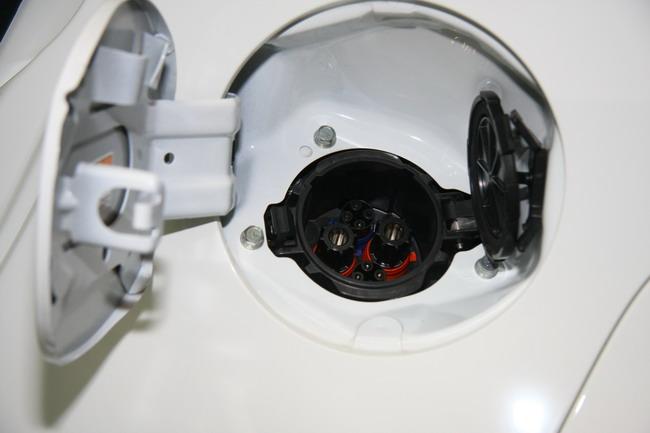 испытания электромобиля Mitsubishi i-MiEV в Украине