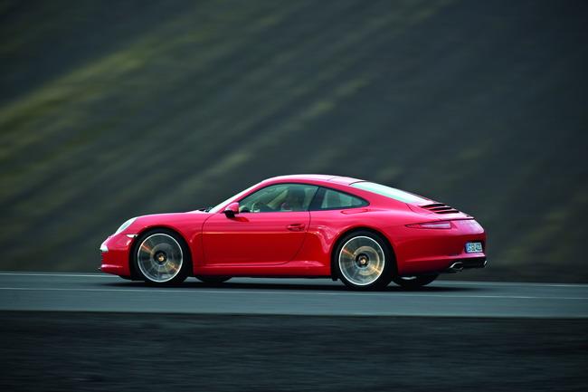 В Украине стартовали продажи Porsche 911 Carrera