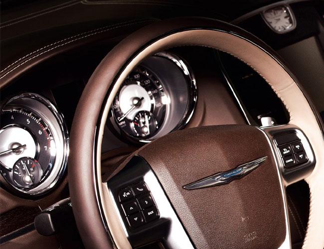 Новый Chrysler 300 Luxury Series