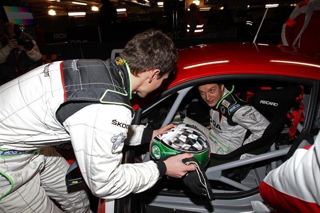 """Еще одним """"нечемпионом"""" в Гонке Чемпионов стал трижды второй Ян Копецки, который тем не менее, сохранил свое рабочее место в подразделении VW- Skoda..."""