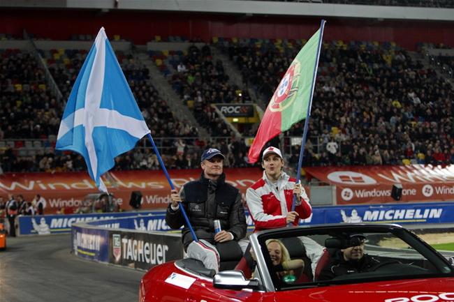 Звездная команда в этом году состояла из еще одного ветерана Девида Култхарда и неожиданно победившего в Гонке Чемпионов-2010 Филипе Альбукерке