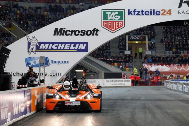 Однако став двухкратным Чемпионом Мира, похоже, что Феттель наконец освоил и этот мотоцикло-мобиль, победив именно на нем Прио и Баттона в полуфинале!