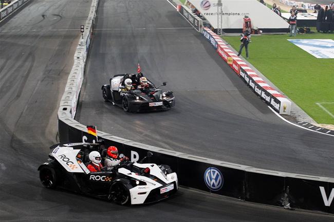 Но и без фальстарта соперников в финале Шумахер почти на две секунды смог опередить Кристенсена, причем за рулем X-Вow, а не любимой им багги...
