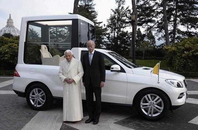 Папамобиль Mercedes ML