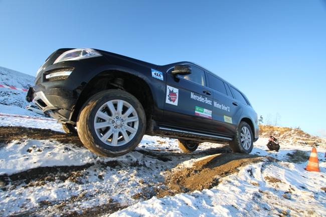 Mercedes GL опробовал снег в Буковеле