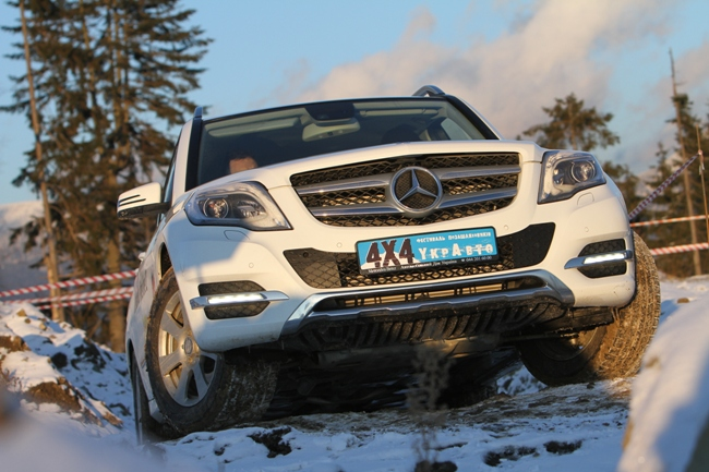 Mercedes GLK опробовал снег в Буковеле