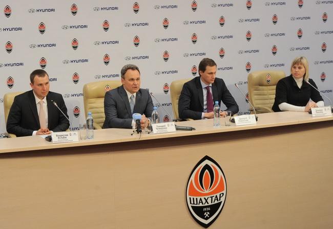 ООО «Хюндай Мотор Украина» и ФК «Шахтер» организовали футбольный праздник для детей из Бердянской школы-интернат