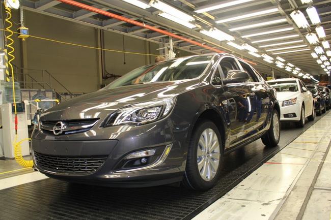 Ford и GM сокращают производство в России