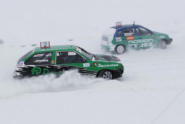 """зимние трековые гонки на Автодроме """"Чайка"""""""
