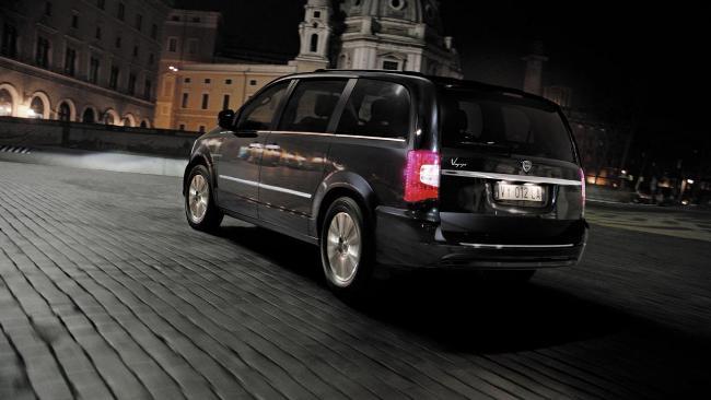 Женева 2013: Lancia Voyager
