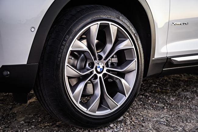 BMW показала рестайлинговый X3