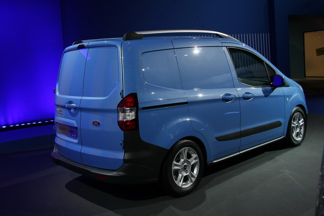 Ford Transit Сourier