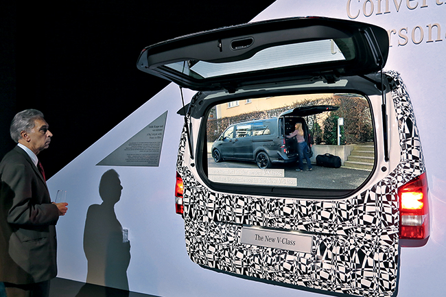 Презентация Mercedes-Benz V-class