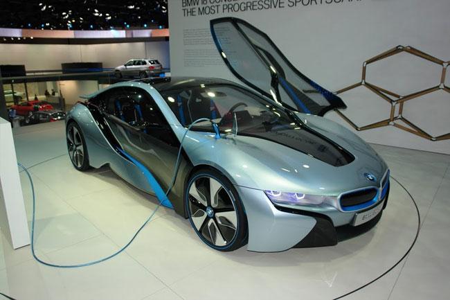 Франкфуртский автосалон 2011: презентация BMW i8 и i3