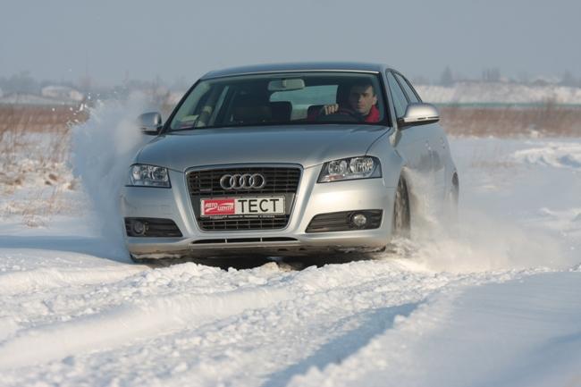 Езда на «автомате» зимой. В глубоком снегу понадобятся высокие обороты, то есть принудительно включенные низшие передачи.