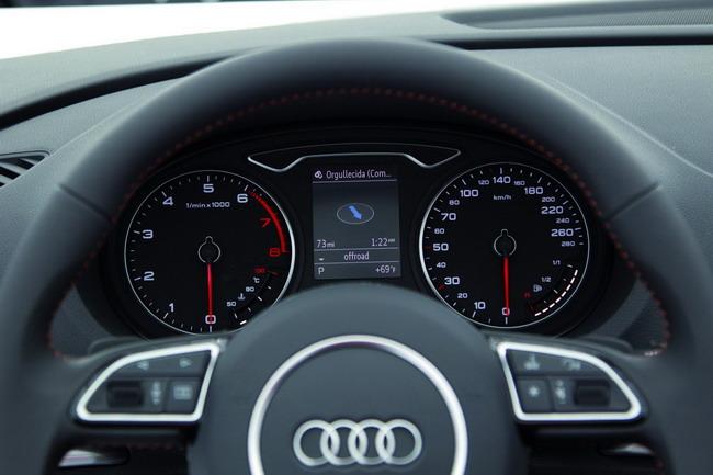 интерьер нового Audi A3