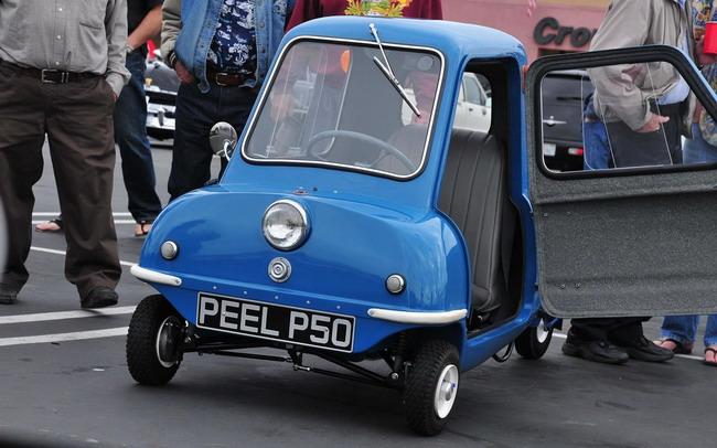 модели Peel P50 и Trident