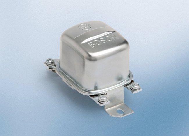 реле-регулятор от Bosch