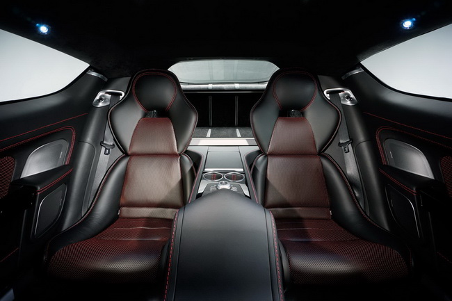 Aston Martin Rapide S представят на автошоу в Женеве 2013