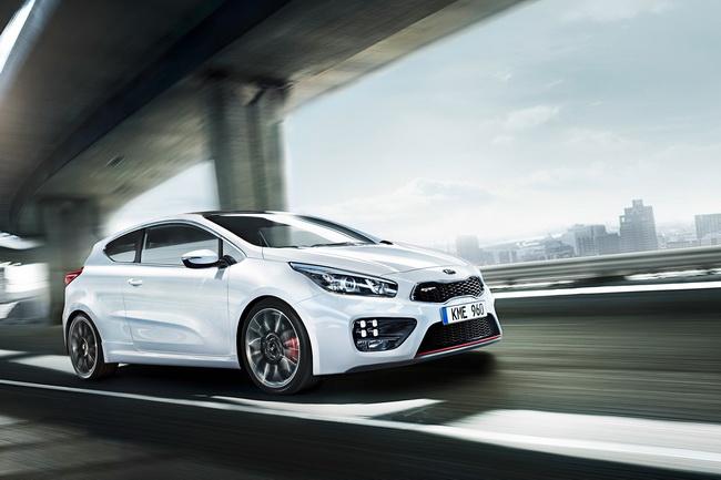 Новый Kia pro_cee'd GT дебютирует на автошоу в Женеве 2013
