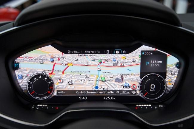 Audi представила интерьер новой ТТ