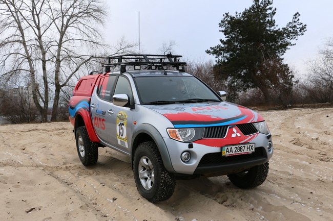 В ралли «Будапешт-Бамако» украинская команда будет соревноваться на Mitsubishi L200