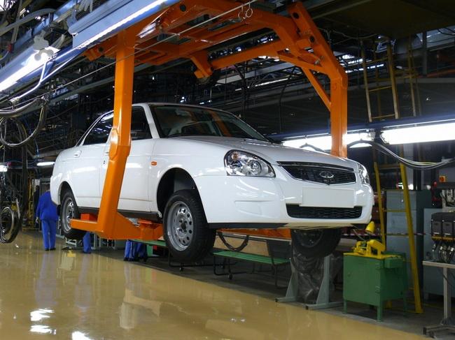 «АвтоВАЗ» возобновил выпуск Lada Priora на модернизированной линии главного конвейера