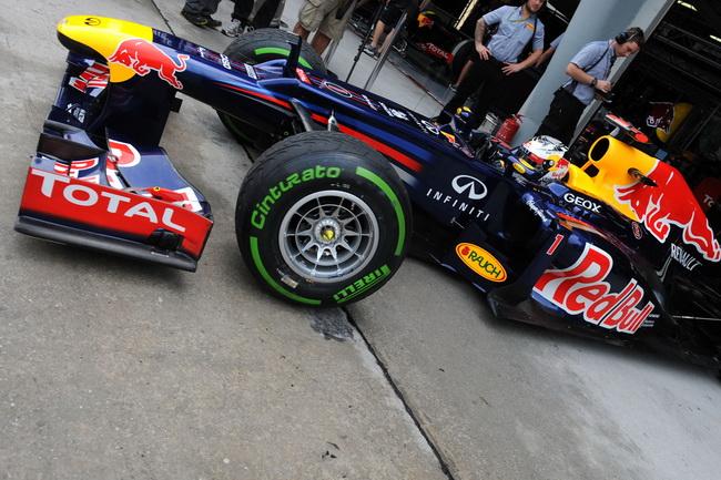 Pirelli подписал контракт с FIA