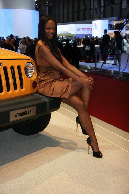Девушки Женевского автосалона 2012