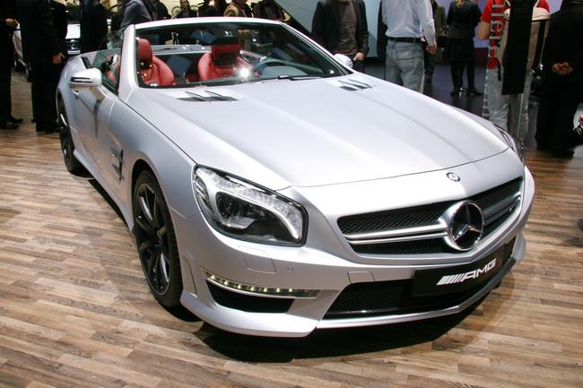 На Женевском автосалоне 2012 компания Mercedes-AMG презентовала родстер Mercedes-Benz SL 63 AMG