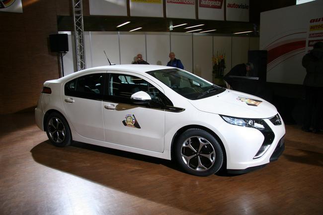 Фото новых моделей Opel