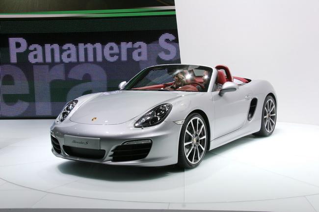 На Женевском автосалоне 2012 компания Porsche презентовала новый Boxster S
