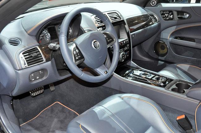 На Женевском автосалоне 2012 показан Jaguar XKR Artisan