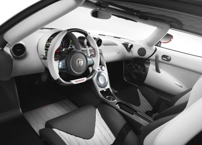 Обновленный Koenigsegg Agera R привезли на Женевский автосалон 2012