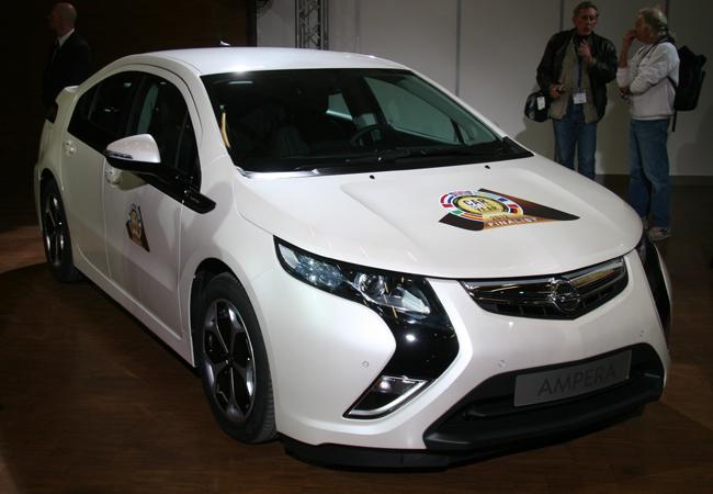 Женевский автосалон 2012 Opel Ampera