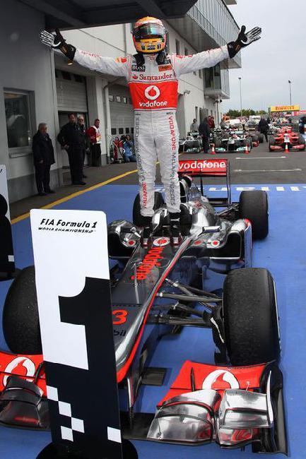 Формула 1: Льюис Хэмилтон выиграл ГП Германии