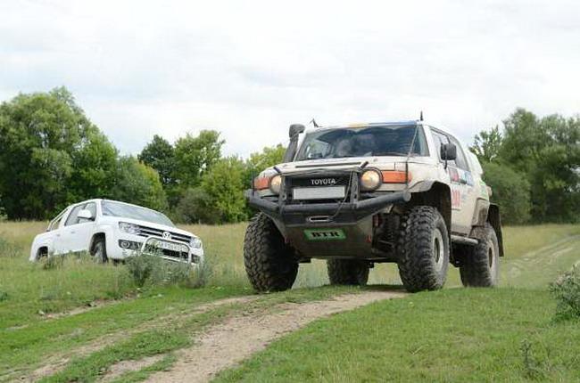 VW Amarok на II этапе ЧУ по трофи-рейдам «Украина Трофи»