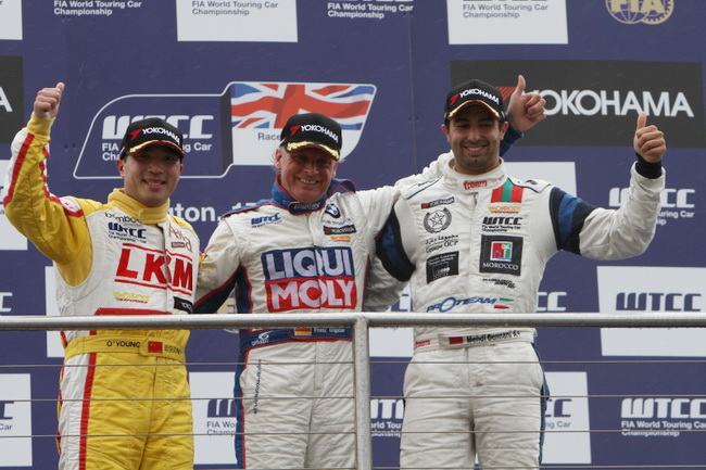 7-й этап WTCC 2011, Донингтон, Франц Энгстлер