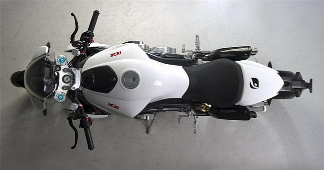 Серийный мотоцикл из Чехии