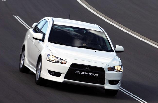 Mitsubishi Outlander XL предлагается по горячей летней цене