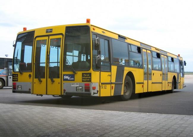 Аэропортовый автобус Van Hool прежних лет