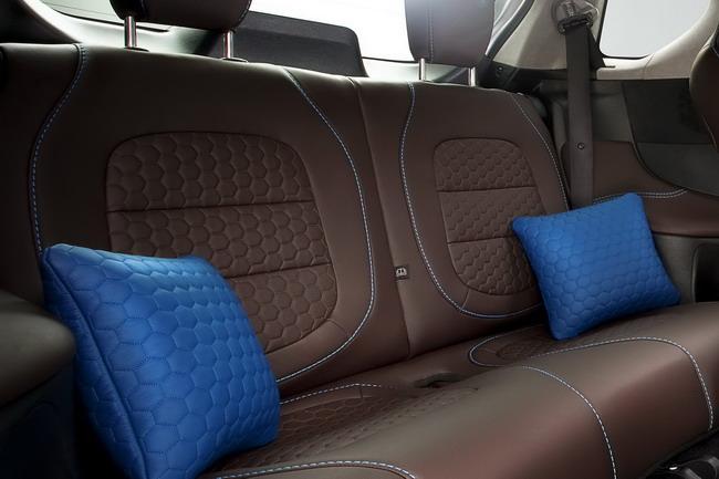 Aston Martin «Cygnet & colette»