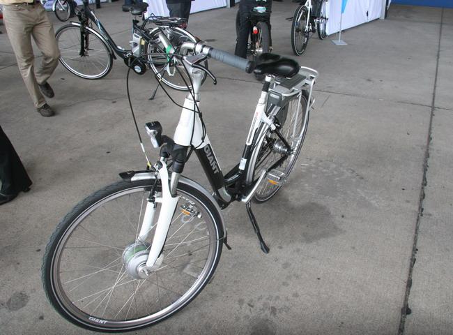 Сегодня в Европе продается  великое множество электрифицированных велосипедов.