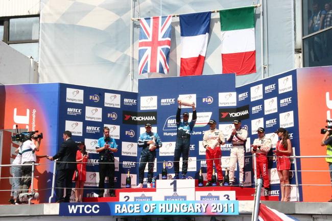 WTCC 2011: заслуженное первое место Ивана Мюллера