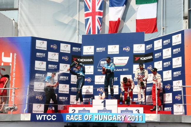 WTCC 2011: победный дубль команды Chevrolet