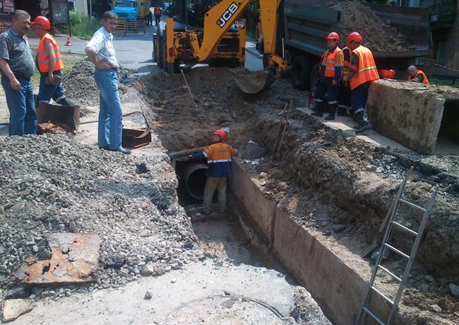 Кто покроет убытки, причиненные прорывом трубопровода?