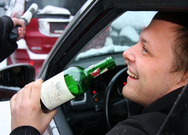 ГАИ отмечает, водители стали чаще «лихачить» и пить