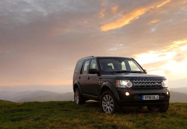 Компания Land Rover празднует победу