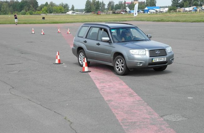 Новые члены Subaru-семьи прошли курс по безопасному вождению