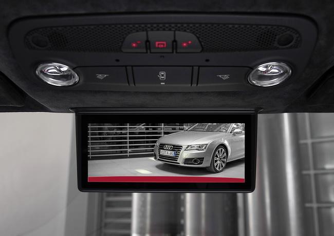 электрический спорткар Audi R8 e-tron